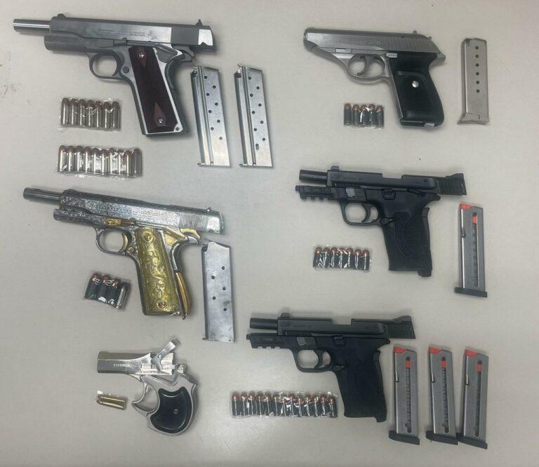 Aseguran armas de fuego durante cateo en vivienda de Cd. Juárez